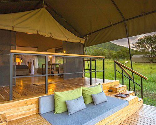 Dunia-Tent-deck-exterior