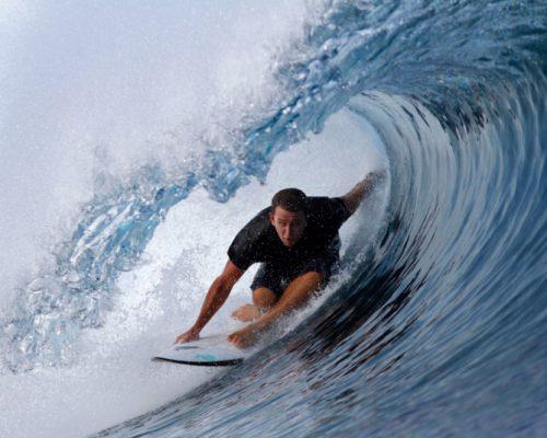 Surfing_2_[7068-MEDIUM]